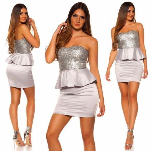 Vestido de cóctel brillante plata