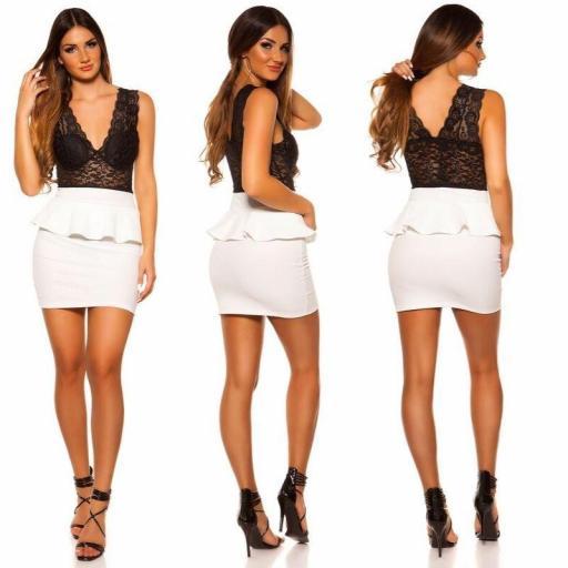 Vestido corto peplum blanco con encaje [1]
