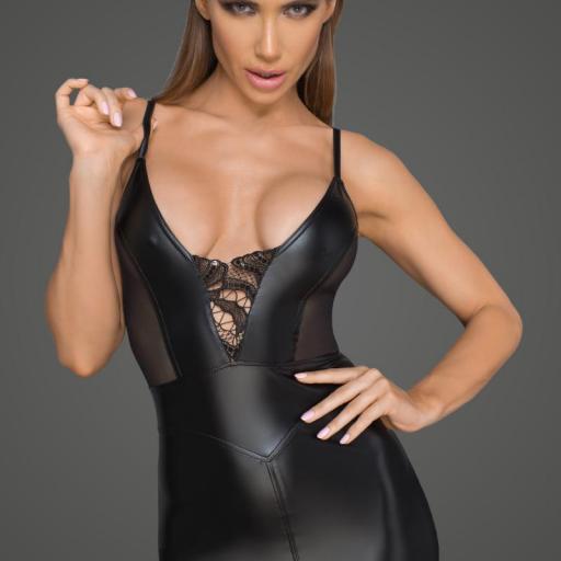 Vestido corto glamuroso escotado
