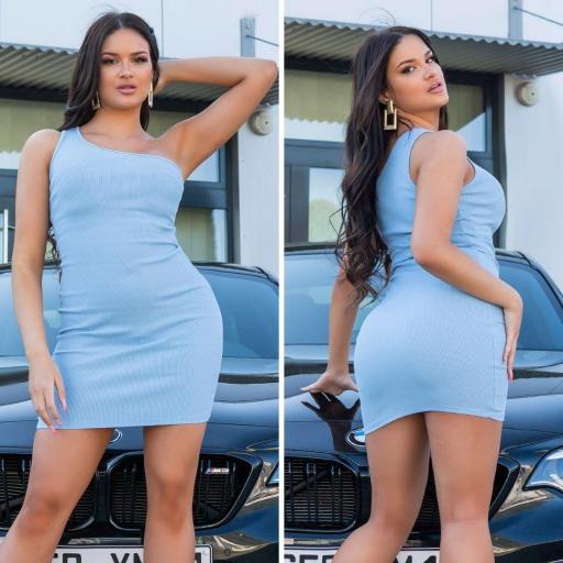 Vestido de verano de un solo hombro azul