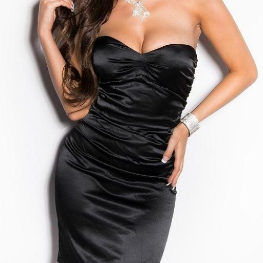 Vestido negro ceñido de cóctel  [1]