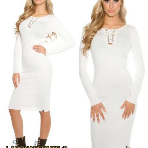 Vestido de punto blanco a media pierna [2]
