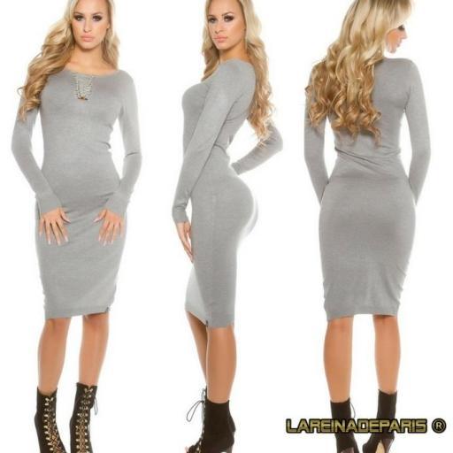 Vestido de punto gris a media pierna [1]