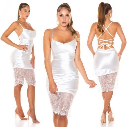 Vestido efecto seda con encaje blanco