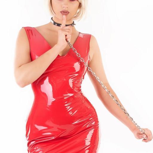 Vestido vinilo brillante rojo
