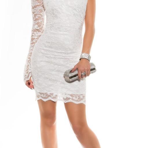 Vestidos de moda blanco de encaje ceñido [1]