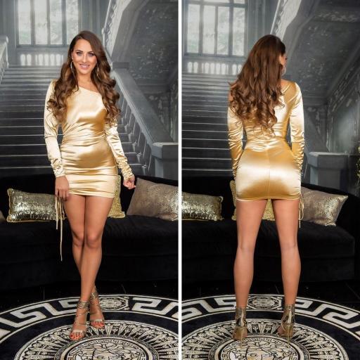 Vestido satinado oro línea ajustada
