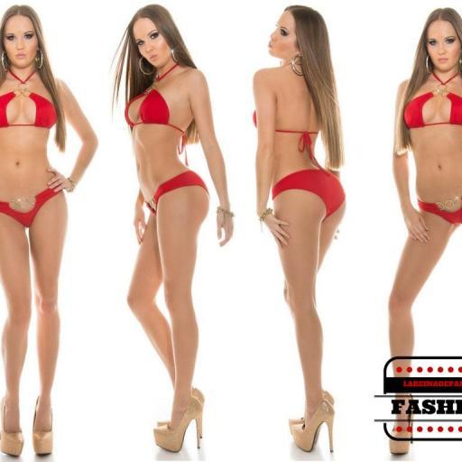 Bikini favorecedor bajo el sol Noelle rojo