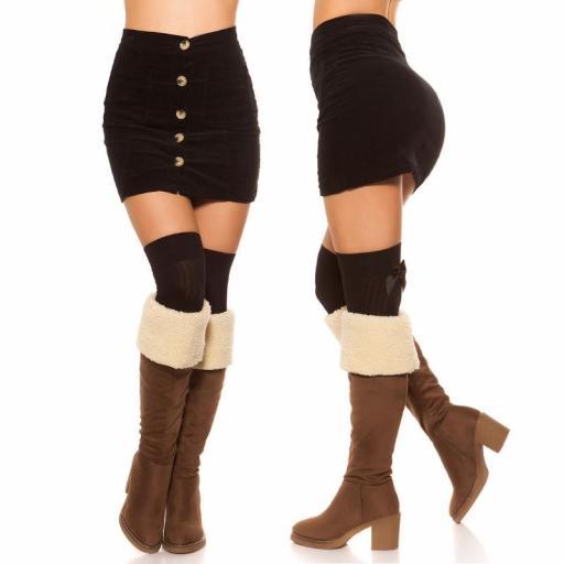 Mini falda de pana de moda [2]