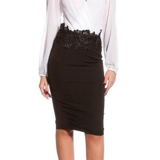 Faldas de lápiz con bordado negra  [1]