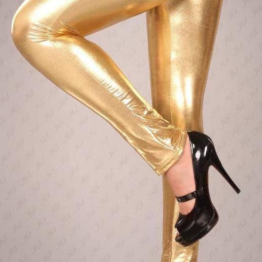 Leggings dorados muy ajustados [2]