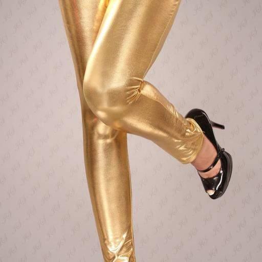 Leggings dorados muy ajustados [1]