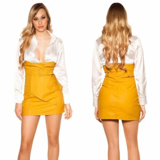 Mini falda de cintura alta mostaza