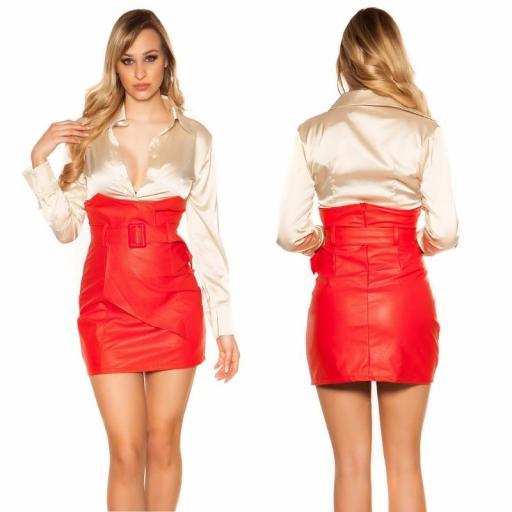Mini falda de cintura alta roja