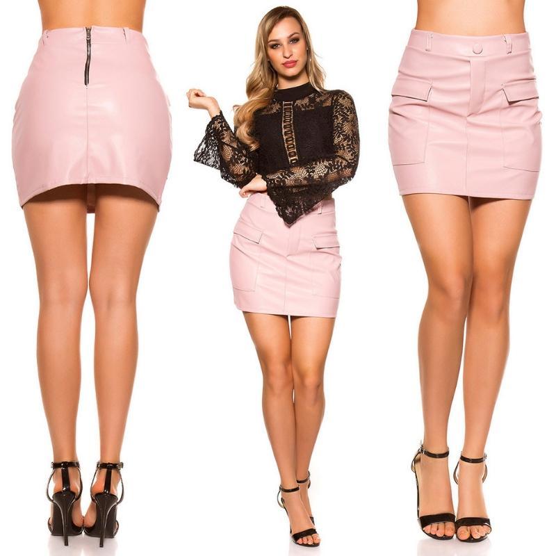 Mini falda de cuero rosa con bolsillos