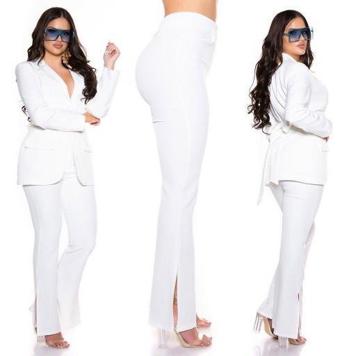 Pantalón bootcut blanco