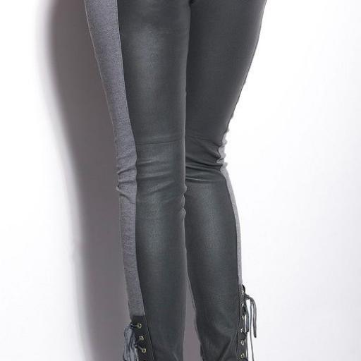 Pantalones ceñidos online atractivos [1]