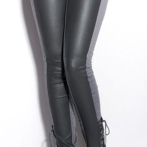 Pantalones ceñidos online atractivos [2]