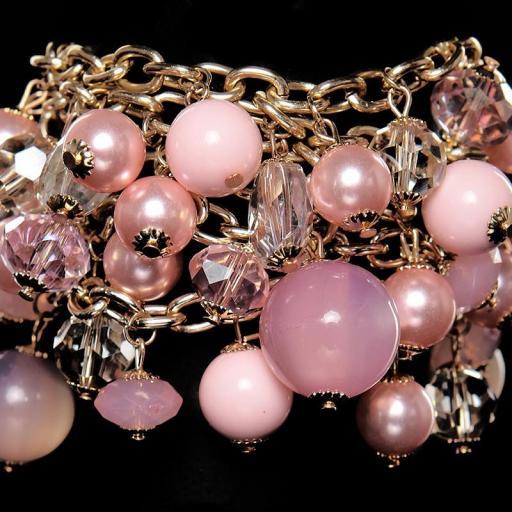 Pulsera de perlas rosa