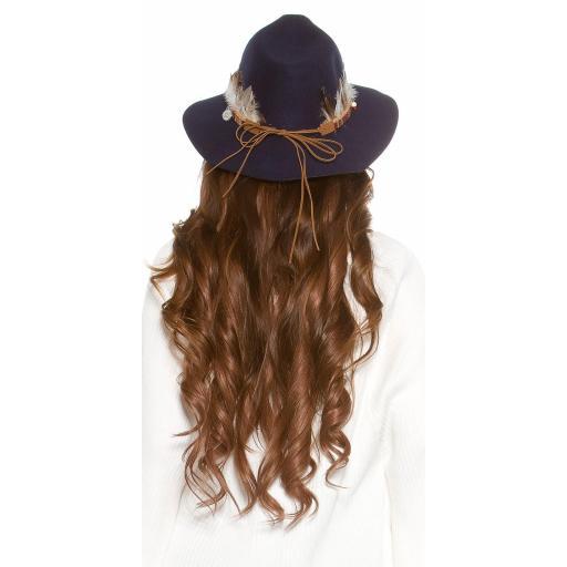 Sombrero con plumas azul [1]