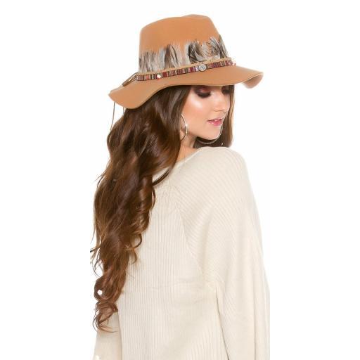 Sombrero con plumas beige [2]