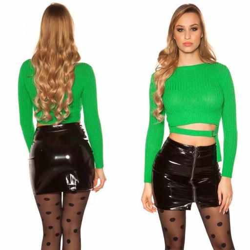 Suéter verde con hebilla [0]