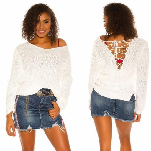 Suéter de punto blanco con cordones