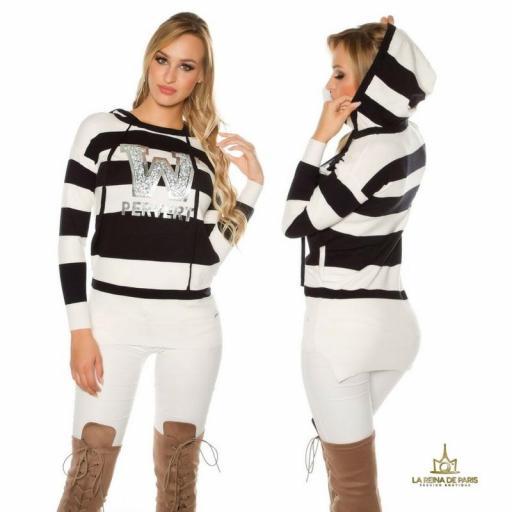 Suéter negro largo hoodie pervert [1]