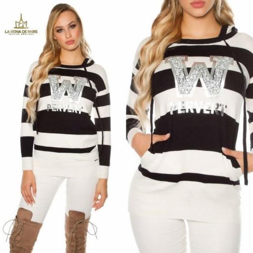 Suéter negro largo hoodie pervert [3]