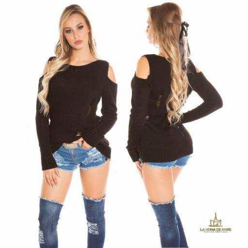 Suéter largo negro a hombro abierto  [2]