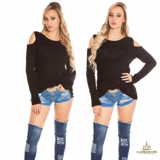 Suéter largo negro a hombro abierto  [3]