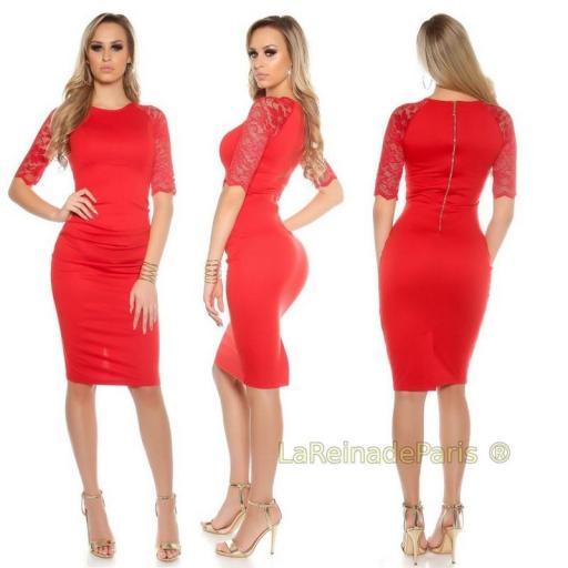 Vestido rojo ajustado con encaje [1]