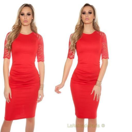 Vestido rojo ajustado con encaje [3]