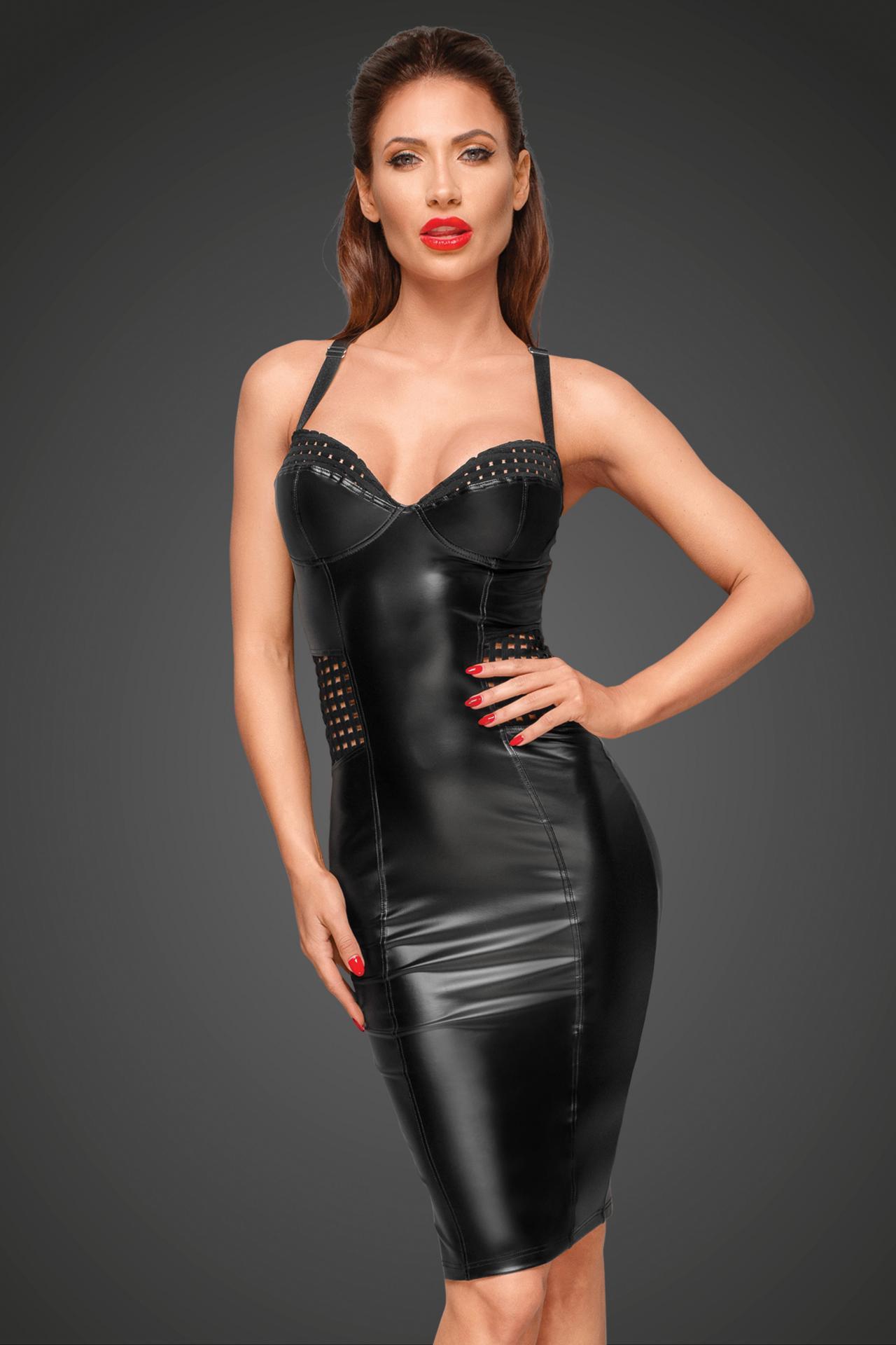 Vestido cuero oscuro y sexy
