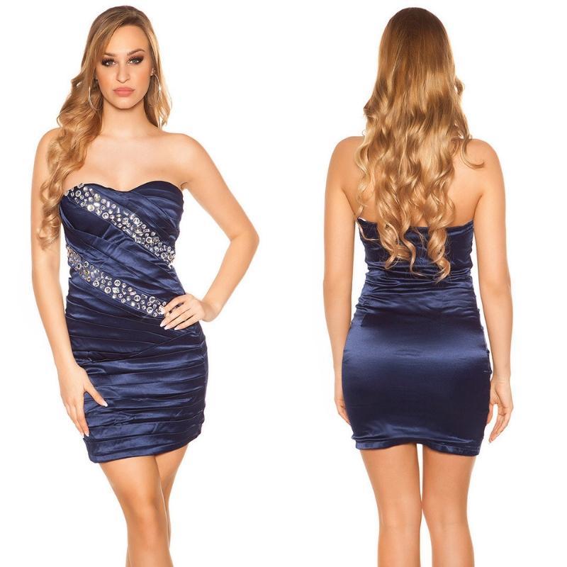 Vestido sedoso azul y brillo