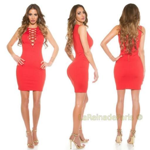 Vestido corto rojo ajustado cordones