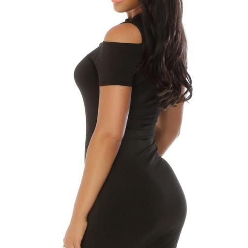 Vestido corto negro look alternativo  [1]