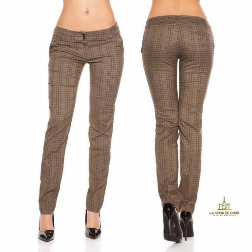 Pantalones rectos tartán brillante  [1]