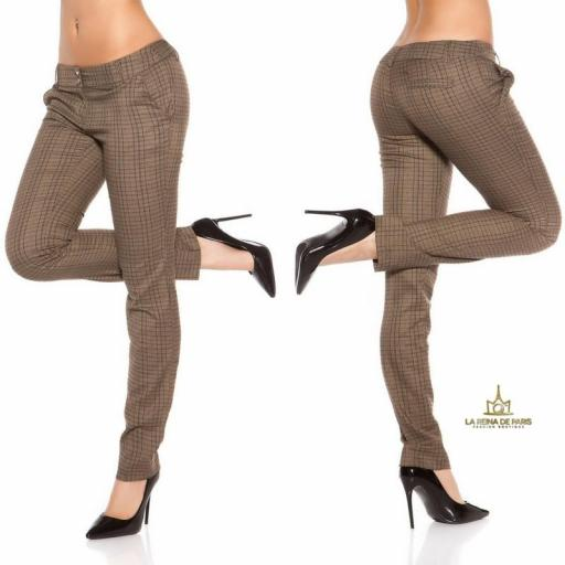 Pantalones rectos tartán brillante  [2]