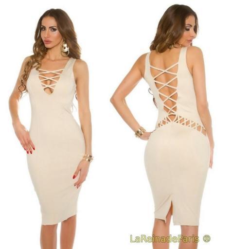 Vestido beige de aberturas atractivas  [2]