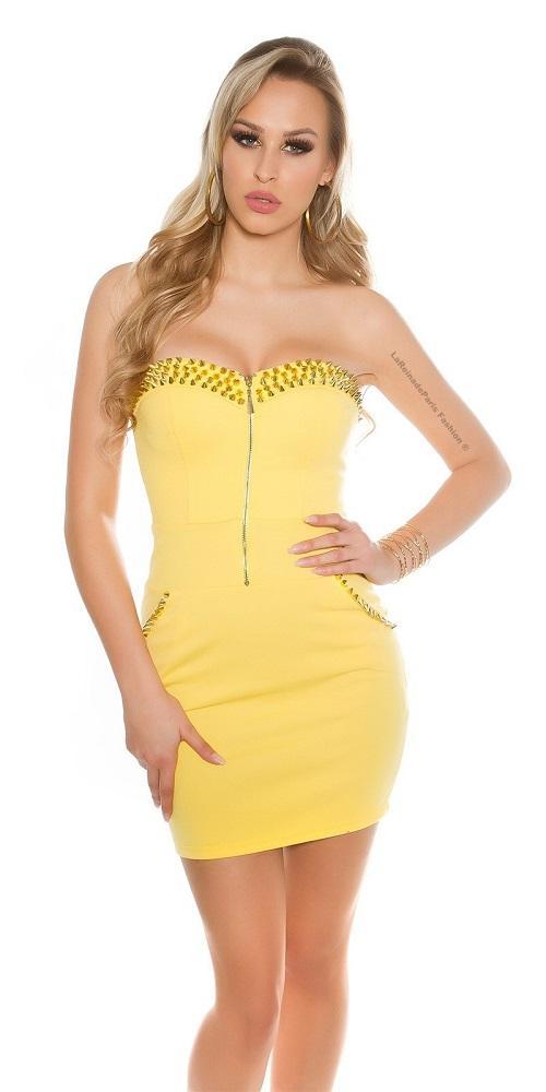 Vestido amarillo con aplicaciones