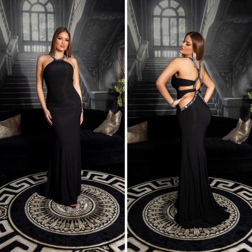 Vestido negro largo con pedrería
