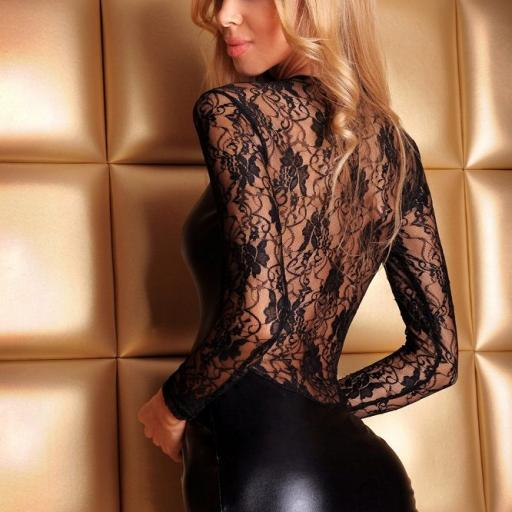 Vestido negro ajustado elastizado [1]