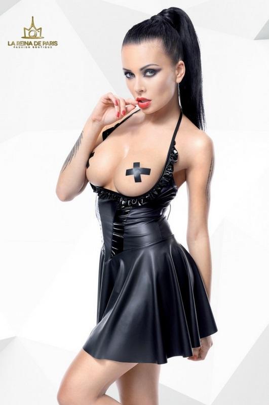 Mini vestido erótico senos desnudos