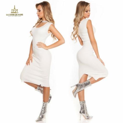 Vestido de punto blanco con gargantilla [2]