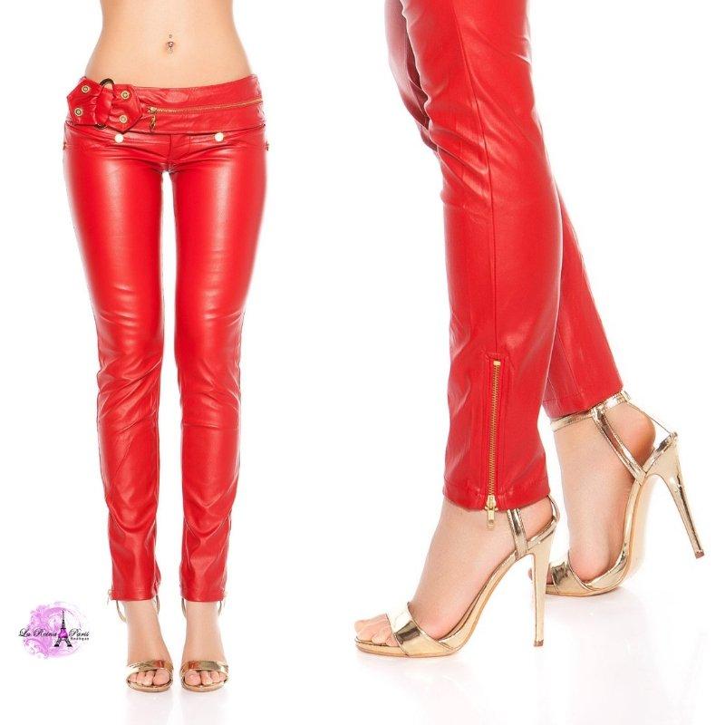Pantalón_cuero_vegano_color_rojo_moda_sexy