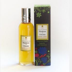 Perfume Maderas de Oriente de Laura Carry