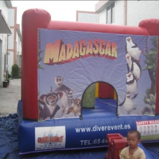 Madagascar castillo 3x3 metros