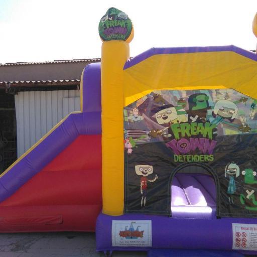 Castillo 7*4'5 Freak Town [0]