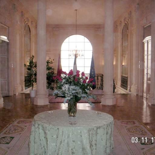 decoración  de salón con rosas
